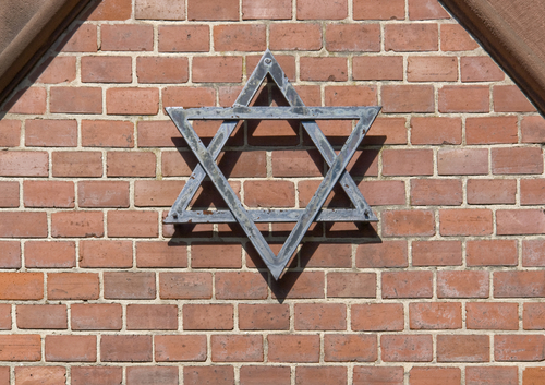 IHRA Adopts New Working Definition of Antisemitism ...