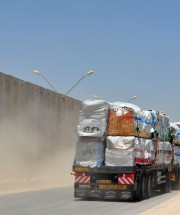 Humanitarian aid_3